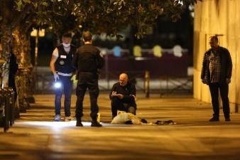 В Париже мужчина с ножом ранил 7 человек