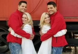 Сестры-близнецы выходят замуж за братьев-близнецов