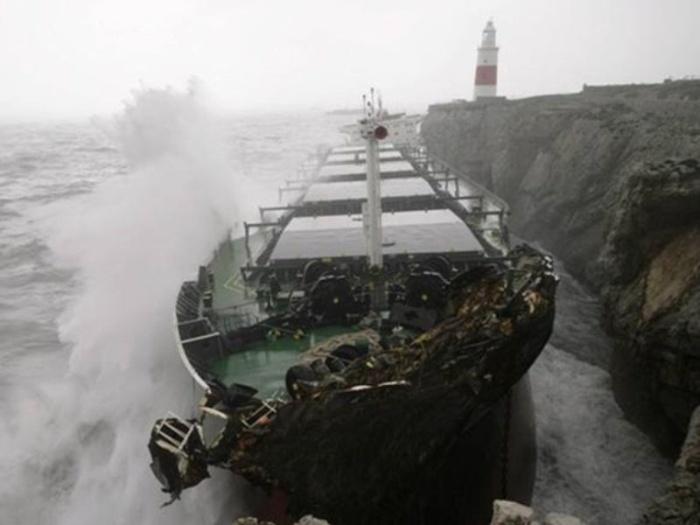 Эпическое крушение балкера MV Fedra на мысе Европа