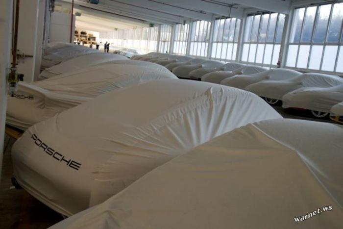 Скрытый склад автомобилей Porsche в Штутгарте