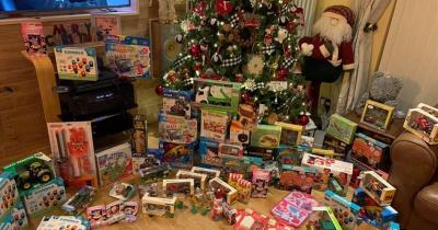 Два бизнесмена скупили все игрушки в магазине и раздали их нуждающимся