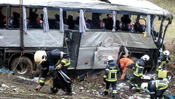 МЧС уточнило: в автобусе под Антверпеном погибли пятеро
