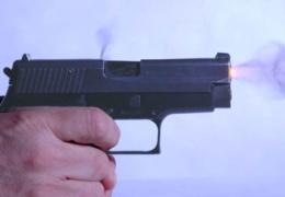 Продавец в Ласнамяэ воспользовался оружием в целях самообороны и застрелил грабителя