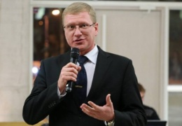 Горсобрание Нарвы возглавил Александр Ефимов