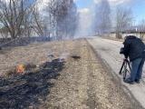 Проблема сжигания прошлогодней травы в Ида-Вирумаа по-прежнему актуальна