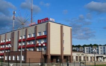 СМИ: житель Кохтла-Ярве угнал в Ивангороде машину с 88-летней пассажиркой
