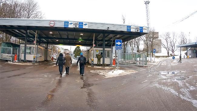 Очереди на границе в Нарве в конце недели могут вырасти