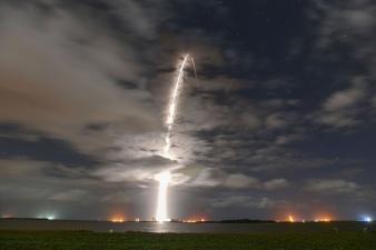 SpaceX запустила еще 60 интернет-спутников Starlink, это 100-й запуск ракеты Falcon 9