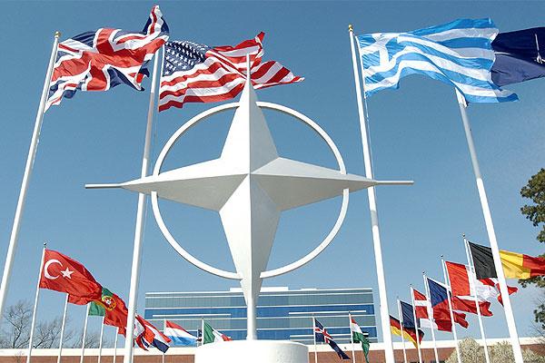 В НАТО признали Россию врагом