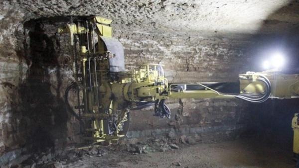 """Гибель рабочего: свод шахты """"Эстония"""" мог обрушиться из-за геологического дефекта"""