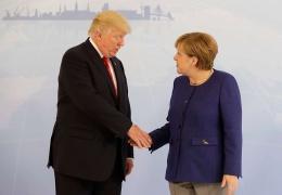 """Трамп назвал Германию заложницей России из-за """"Северного потока - 2"""""""