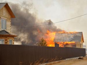 Забайкальским погорельцам советуют не надеяться на строительство новых домов