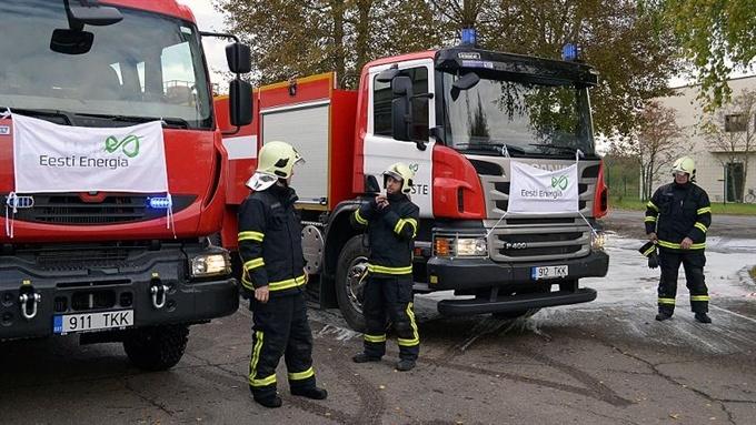 Для спасательной команды Нарвских электростанций купили две пожарные машины