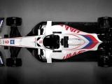 Американская команда «Формулы-1» раскрасила свою машину в цвета российского триколора