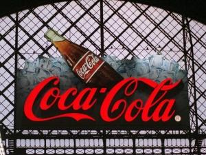 Компания Coca-Cola официально извинилась перед Украиной за карту РФ с Крымом
