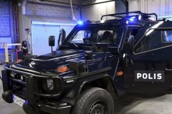 Финская полиция будет ездить на бронированных Mercedes-Benz за 400 тыс. евро каждый