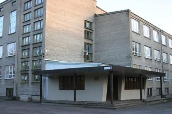 Депутаты закрыли старшие классы в Шестой школе