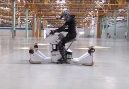 в Москве испытали первый в мире летающий мотоцикл из России