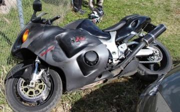 ДТП в Ида-Вирумаа: мотоциклист врезался в металлическое ограждение
