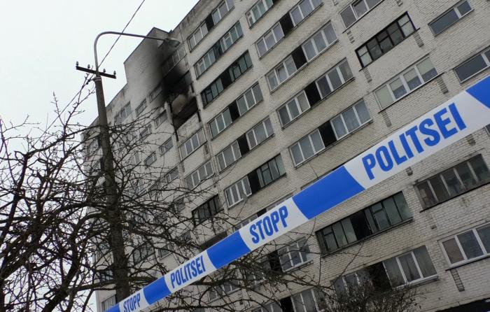 ФОТО: пожар в нарвской девятиэтажке, жертв нет