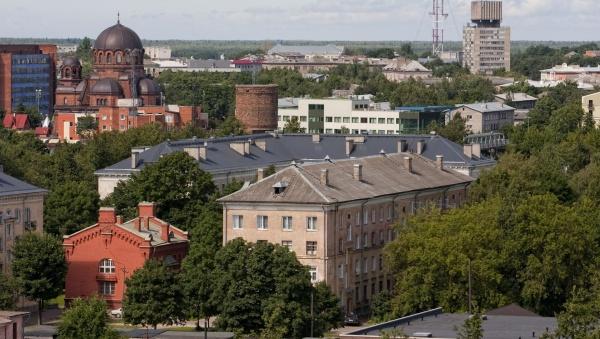 Нарва продаст девять муниципальных квартир с большими долгами по квартплате