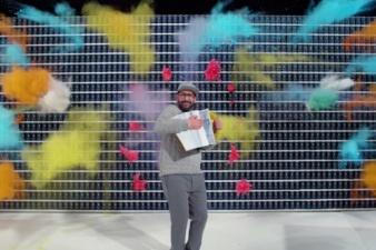 Три минуты за мгновение ока: американская группа «OK Go» очередной раз взорвала интернет новым видео