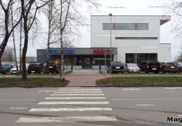В Нарве мужчина стал жертвой уличного ограбления: отобрали телефон и сигареты