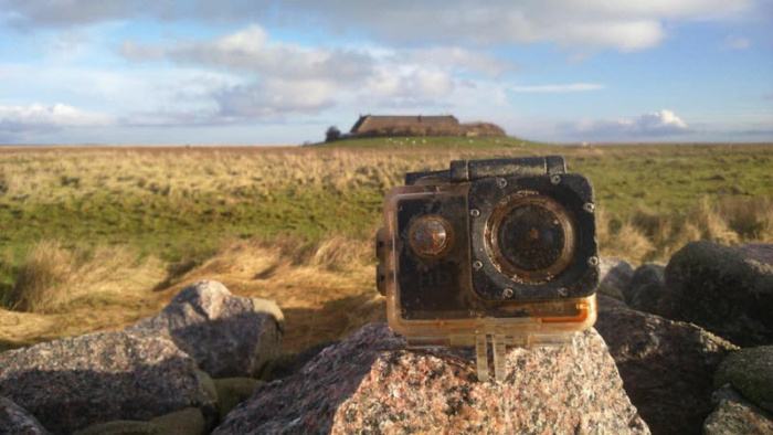 Британский мальчик потерял камеру на йоркширском пляже и ее нашли на немецком острове