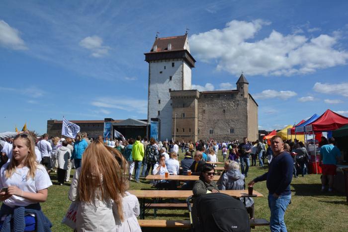 Дневник акции. Праздник в замке Германа