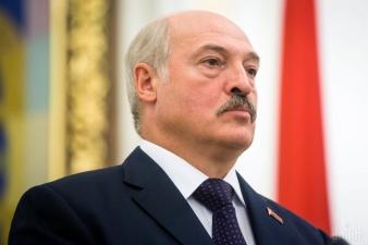 Лукашенко уволил двух белорусских министров и пригрозил остальным членам правительства