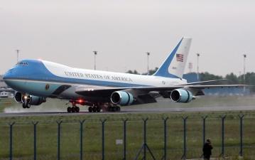 """Новыми """"бортами номер один"""" в США могут стать два самолета Boeing 747, построенные для российской """"Трансаэро"""""""