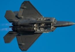 В Штатах прошли испытания «волшебного» X-истребителя шестого поколения