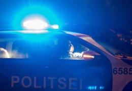 Полицейский в Нарве пострадал, врезавшись в автомобиль с пьяным водителем