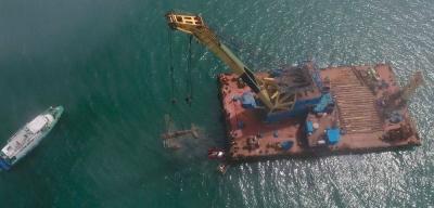 Строители Крымского моста подняли со дна моря самолёт времён Великой Отечественной войны