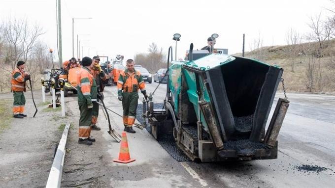 Ремонт дорог: суд принял к рассмотрению иск Таллинна к государству