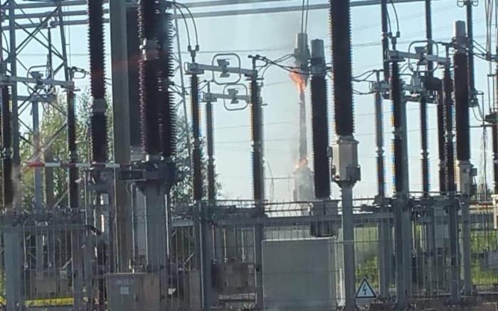 Пожар на подстанции привел к аварийному отключению энергоблока на Эстонской электростанции