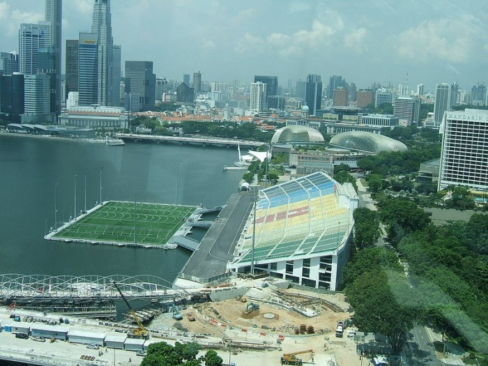 Стадион на воде
